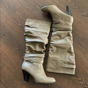 Rampage Boots, Size 8